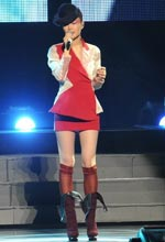 2010王菲巡唱造型