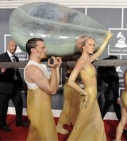 第53届格莱美 Lady GaGa贝壳中享众人抬举