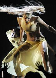 第53届格莱美 T-博恩-伯内特获得最佳影视歌曲
