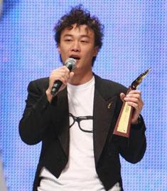 陈奕迅获叱咤乐坛男歌手(金奖)